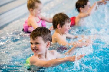 Kinderschwimmen Bilder